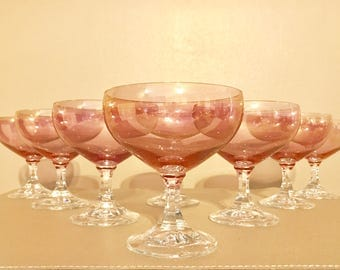 Set of 8 pink champagne glasses