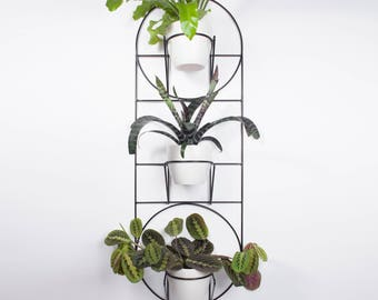 Orio- hanging plant holder