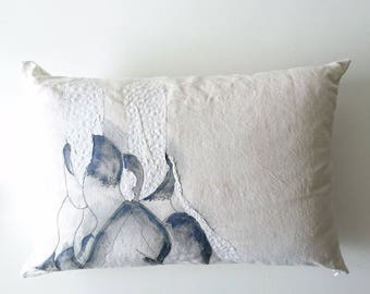 Cushion in vintage fabric issued from recycled old linens, bigouden pattern hand painted and embroidered