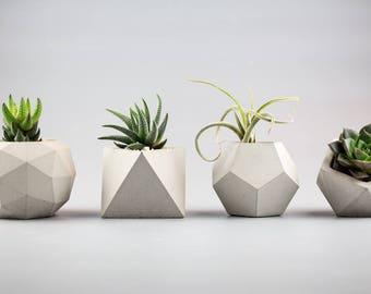 Set of 4 Modern geometric concrete planters
