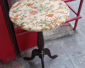 floral retro table