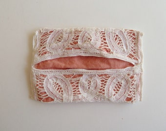 Crocheted tissue holder with peach lining/handmade and hand sewn/travel tissue holder for purse or bag/Vintage accessories