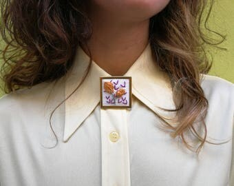 Embroidered Pin Two Flowers
