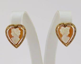 10k Yellow Gold Heart Shaped Cameo Screw Back Earrings(01281)