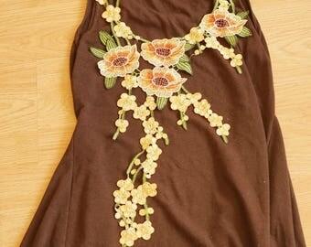 Applique sewing chest 60cmx30cm flower