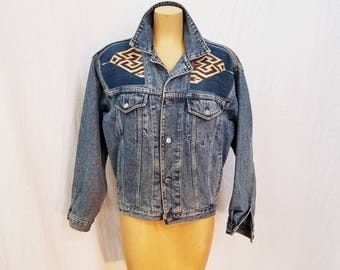 70s Unisex Mens Womens Denim Jacket. Button Up Jacket. Hipster. Tribal Print. Pockets. Size Medium