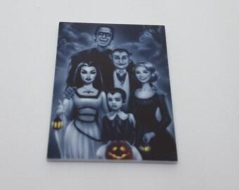 Monster family needle minder