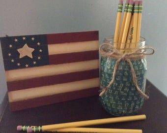 Chalkboard print mason jar pencil cup- great teacher gift!