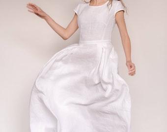 Simple Long Flowy Dresses