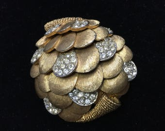 Vintage Marcel BOUCHER SHELL Brooch Signed & Numbered Huge 2 Inch Stunning Piece
