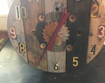 Mantal clock made out if reclaimed materials.