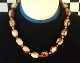 Chunky vintage beaded necklace.