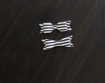 Black & White Stripped Leather Bows