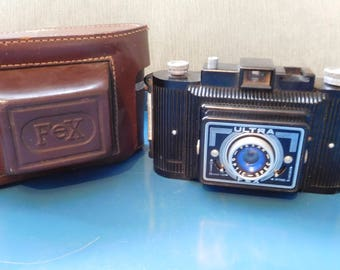 Vintage French Bakelite Camera Ultra Fex - Fexar Optic Spec