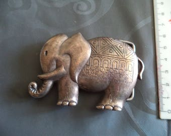 belt buckle width 4 cm from antiqued silver metal elephant