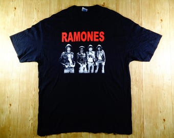 Vintage 90's RAMONES Punk Rock Band Shirt Rare