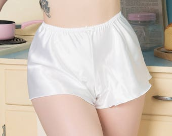 Bettie Thrifty White French Knickers Rockabilly 1950's pin-up satin lingerie.
