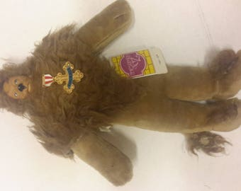 the wizard of oz cowardly lion made by presentsn1987