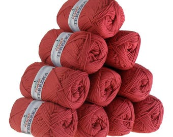 10 x 50 g knitting wool TEREZKA 100% cotton, #109 Red