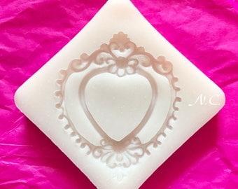 Flexible silicone mold heart frame