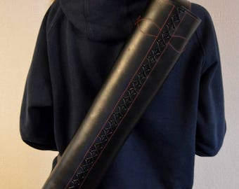 Black quiver - Red stitching