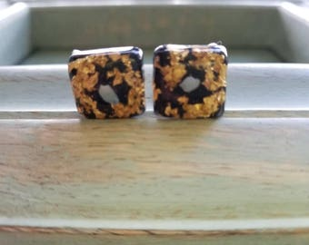 Vintage Screw-Back Earrings with Gold Flakes