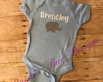 Elephant with Name Onesie, Personalized Onesie, Baby Shower Gift, Elephant Onesie, Baby Bot Gift, Baby Girl Gift