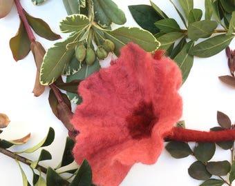 Petunia Flower Brooch, Handmade Rose Flower, Gift, Felted Flower, Hand Felted Brooch, Wool Jewelry felted brooch, Wool Accessorie, Brooch