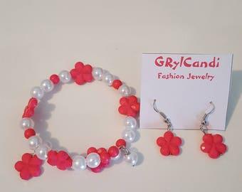 Wrap around memory wire bracelet-earrings set/girls/children/Pink flowers/pearls