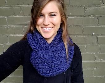 FREE SHIPPINGInfinity Scarf; crochet scarf; Christmas scarf; loop scarf