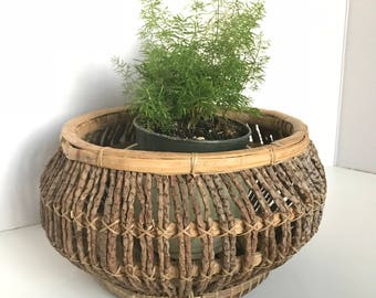 Beautiful wood basket