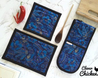 Kitchen Gift Set, Double Oven Gloves / Oven Mitts and Hotpads,  Blue Black Gold Hibiscus Flower, Christmas Gift, Mum Gift, Cook Gift