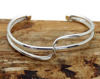 Sterling Silver Two Twist Style Cuff Bangle (NA9)
