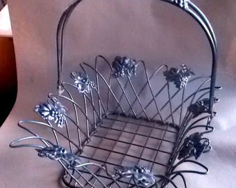 Vintage Wire Metal Basket Bread Fruit Silver Tone Grapes Accented W/ Handle
