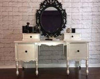 Vintage Glamorous Makeup Table