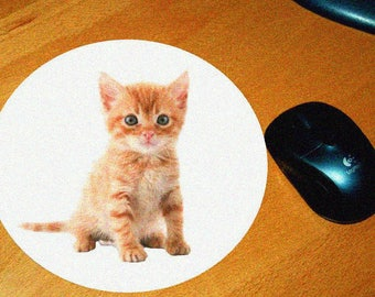 Cat model 10 mouse pad