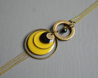 Duo black and lime - enamel and brass necklace, bronze