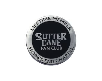 In the Mouth of Madness inspired 'I Read Sutter Cane' hard enamel lapel pin badge