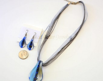 Blue Spoon-shaped Necklace and Earrings