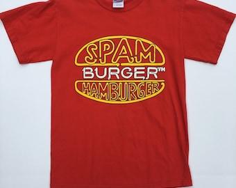 Spam Burger Hamburger RED T shirt! Awesome find! Rare vintage shirt. Size Small. 100% cotton. Americana, Minnesota, Hormel foods, Ham.