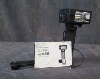 Sunpak Auto 511 Thyristor Handle Mount Flash with Manual and 2 Cords