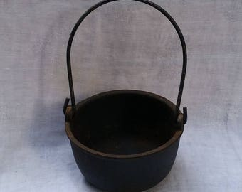 Antique Cast Iron Smelting Pot No. 6 Chicago Spec. MFG. Co. Vintage Blacksmith Tool Rustic Decor
