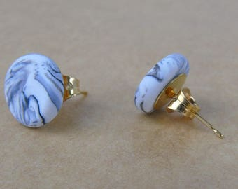 White and Grey Circular Stud Earrings (Gold-Plated)