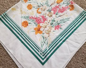 Vintage Square tablecloth green and white with flowers