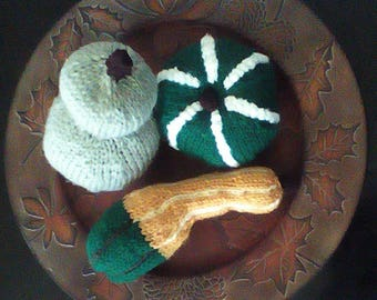 Thanksgiving Decor Handmade Gourds / Housewarming gifts / Gifts for Her / Autumn Gifts / Fall Gifts / Knitted Gifts/ table decor