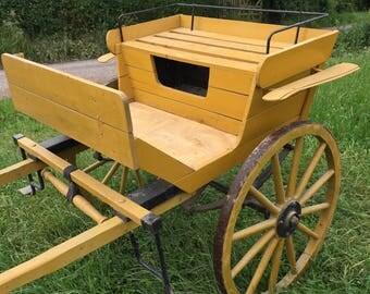 2 wheeled horse cart