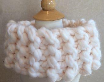 Aran chunky yarn cowl