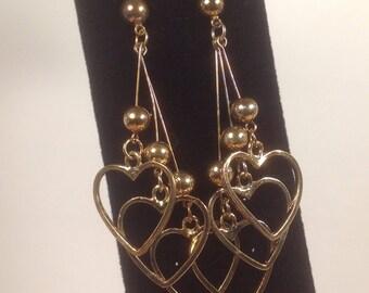 Vintage 1980s earrings, heart earrings, vintage jewelry, 1980s earrings, dangling hearts, gift for her, heart jewelry, 1980s jewelry