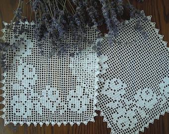 Hand crochet doily-set, white crochet lace doily, filet doily, crochet tablecloth,  hand lace placemat, housewarming gift