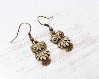 Owl earrings antique owl earrings owl dangle earrings steampunk owl Bird earrings Woodland jewellery vintage owl earrings clockwork owl